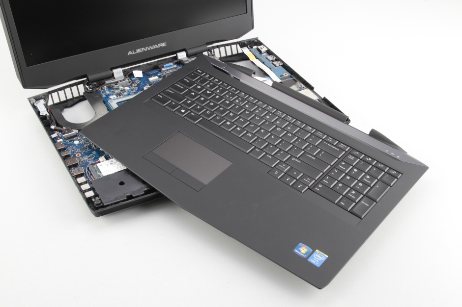 Dell Alienware 17 Disassembly and SSD, RAM, HDD upgrade