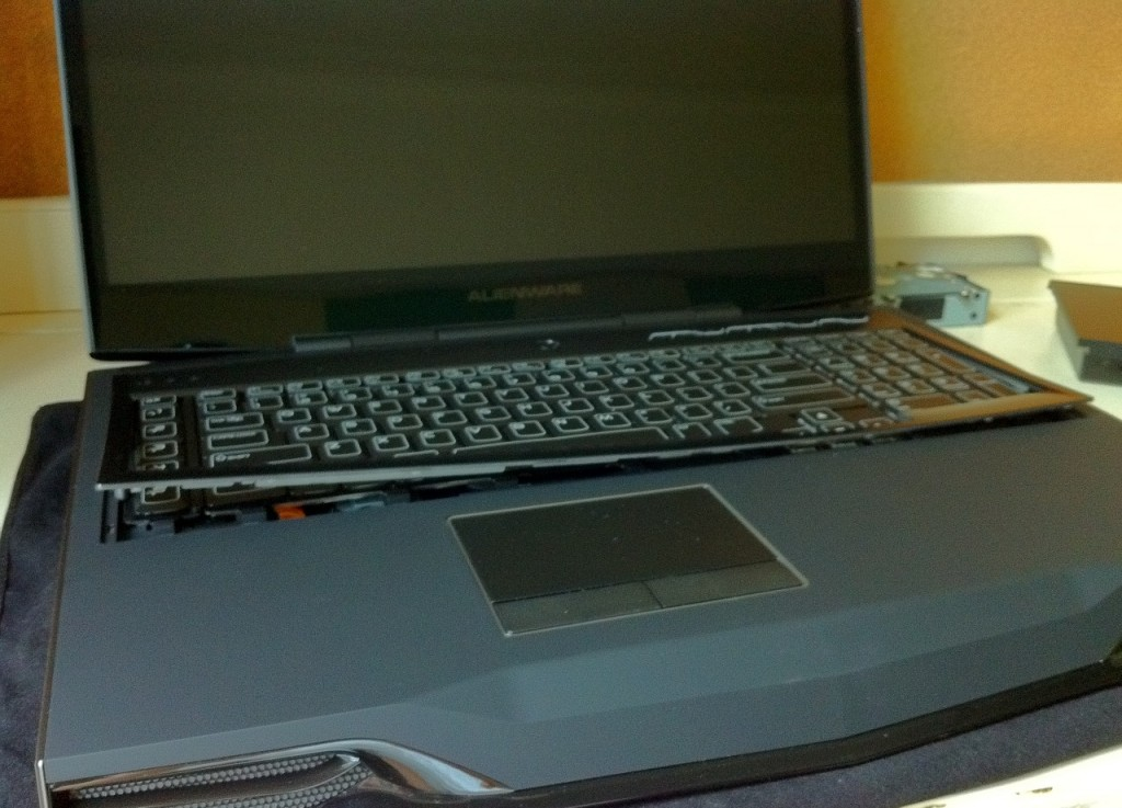 Dell-Alienware-M18x-Disassembly-15