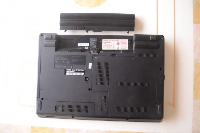 Lenovo-ThinkPad-Edge-E40-Remove-DVD-Drive-2