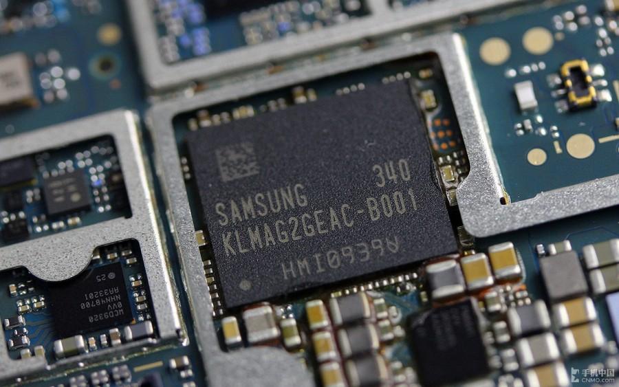 Sony-Xperia-Z2-Disassembly-27