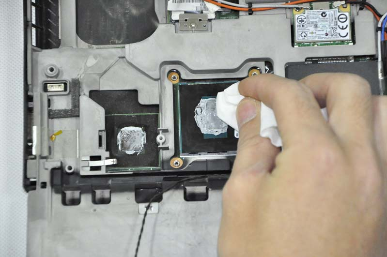 Lenovo Thinkpad T430 Disassembly (Clean Fan and Remove Screen