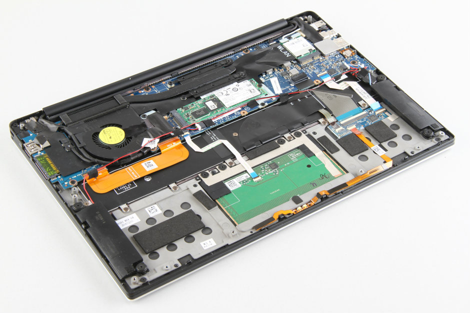 Dell XPS 13 9343 Disassembly and SSD, RAM upgrade options