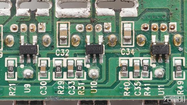 CW3002F