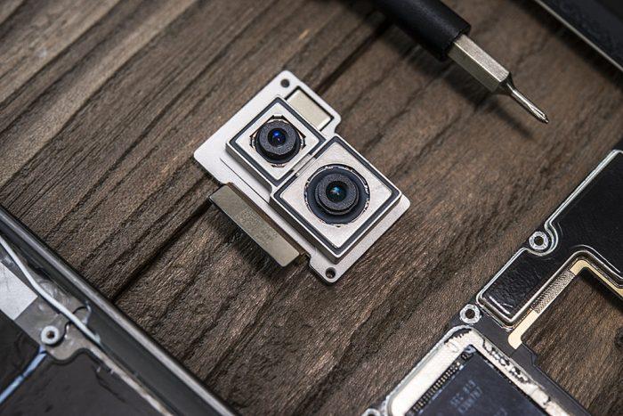 dual-rear cameras