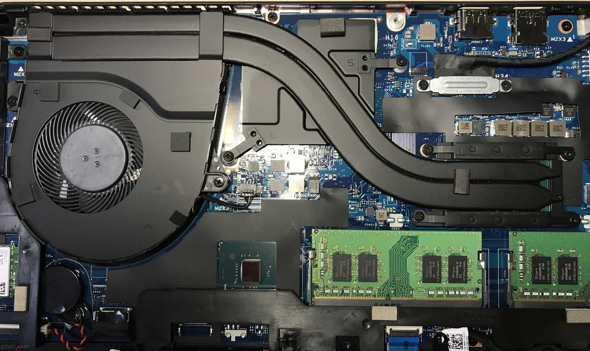 Dell Precision 3530 Disassembly (RAM, SSD, HDD upgrade