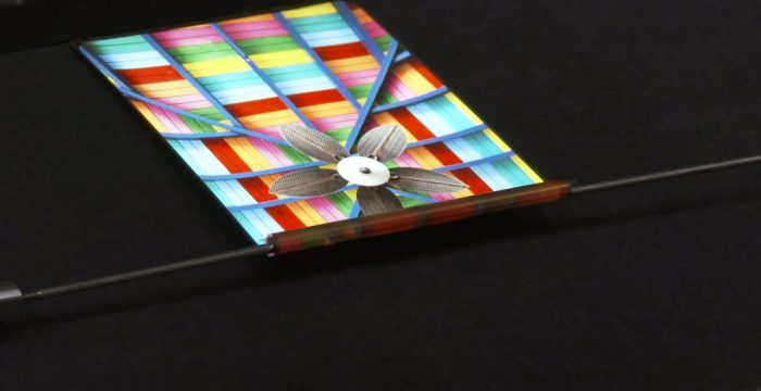 BOE's world's first 5 mm outward-folding flexible display achieves mass production